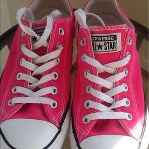 Women's converse size 7
